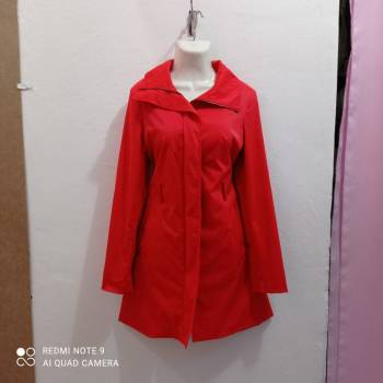Foto Carousel Producto: Gabardina roja *Mossimo Mediana   GoTrendier