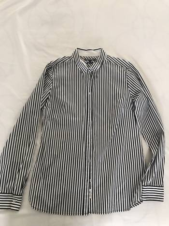 Foto Carousel Producto: Camisa Clasica Tommy a rayas GoTrendier