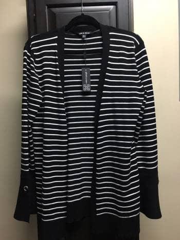 Foto Carousel Producto: Cardigan sweater rayas GoTrendier