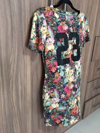 Foto Carousel Producto: Vestido floreado super bonito GoTrendier