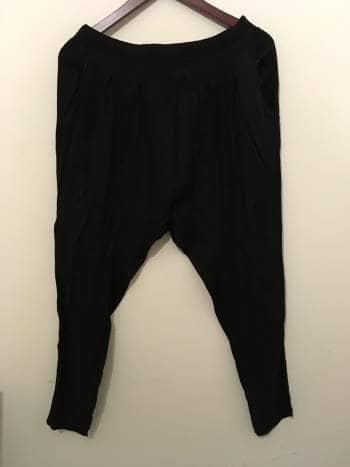 Foto Carousel Producto: Pantalon flojo color negro GoTrendier