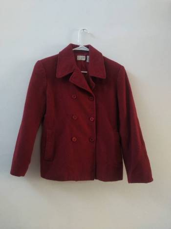 Foto Carousel Producto: Hermoso abrigo guinda  GoTrendier