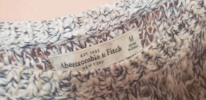 Foto Carousel Producto: Suéter Abercrombie&Fitch GoTrendier