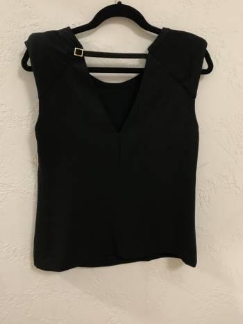 Foto Carousel Producto: Blusa negra Zara GoTrendier