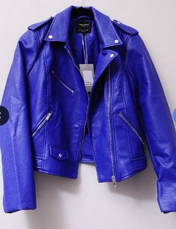 Foto Carousel Producto: Faux leather jacket GoTrendier