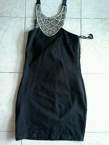 Foto Carousel Producto: Vestido Halter Negro GoTrendier
