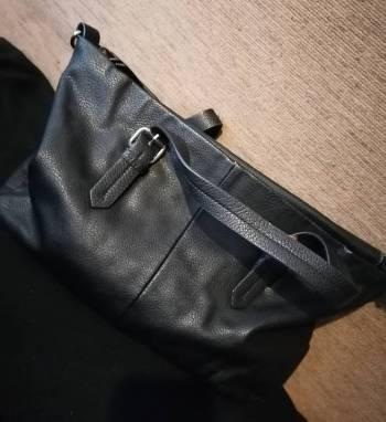 Foto Carousel Producto: Bolso Zara color negro GoTrendier
