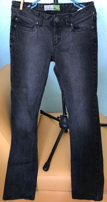Foto Carousel Producto: Skinny Jeans con brillantitos en los bolsillos GoTrendier