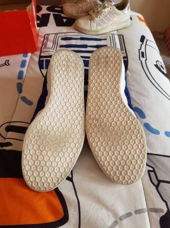Foto Carousel Producto: Tenis adidas gezelle GoTrendier