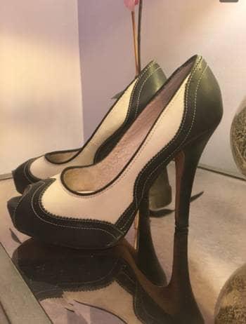 Foto Carousel Producto: Zapatilla bicolor GoTrendier