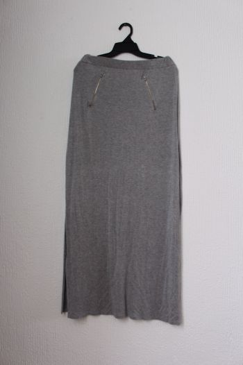 Foto Carousel Producto: Maxi falda gris GoTrendier