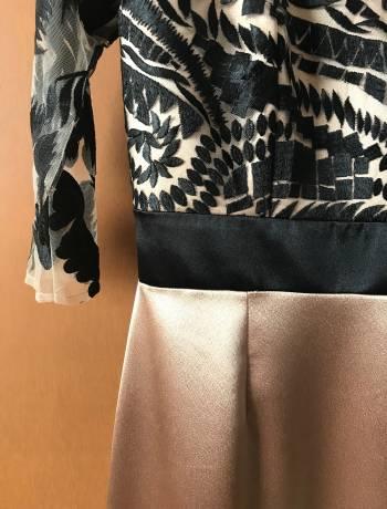 Foto Carousel Producto: Vestido largo con encaje GoTrendier