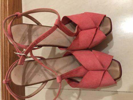 Foto Carousel Producto: Tacones rosas Zara GoTrendier