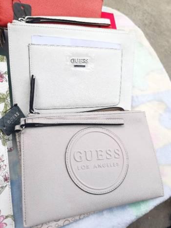Foto Carousel Producto: Muñequeras Guess ORIGINAL GoTrendier
