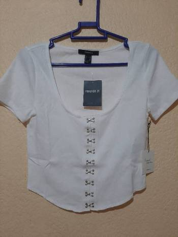 Foto Carousel Producto: Blusa cropped forever 21 mediana GoTrendier
