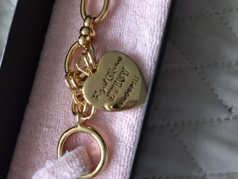 Foto Carousel Producto: Pulcera dorada Juicy Coture GoTrendier