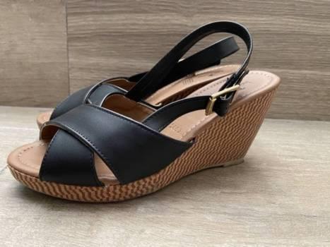 Foto Carousel Producto:  Zapatos de plataforma negro GoTrendier