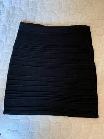 Foto Carousel Producto: Falda negra GoTrendier