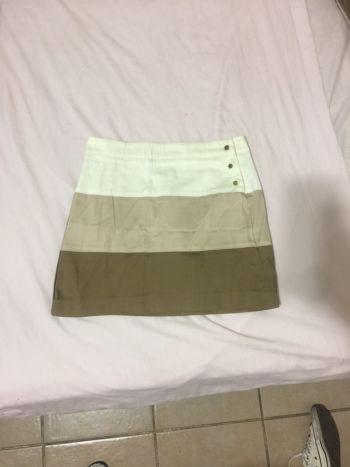Foto Carousel Producto: Falda de 3 colores GoTrendier