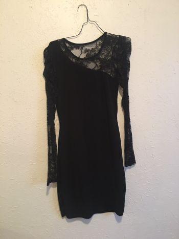 Foto Carousel Producto: Vestido con encaje GoTrendier