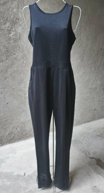 Foto Carousel Producto: Jumpsuit mono enterizo  negro mediano GoTrendier