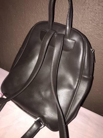 Foto Carousel Producto: Mochila estilo backpack 2x1 GoTrendier