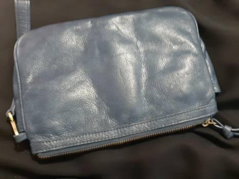 Foto Carousel Producto: Muñequera grande de piel GoTrendier