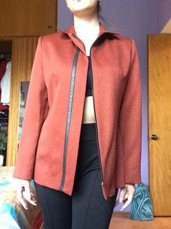 Foto Carousel Producto: Saco gabardina con cierre de vestir GoTrendier