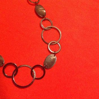 Foto Carousel Producto: Collar acerado gris GoTrendier