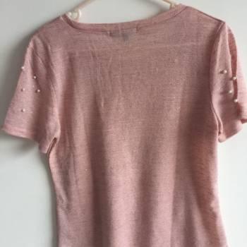Foto Carousel Producto: Blusa rosa con perlas  GoTrendier
