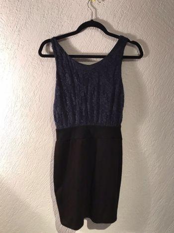 Foto Carousel Producto: Vestido negro con azul GoTrendier
