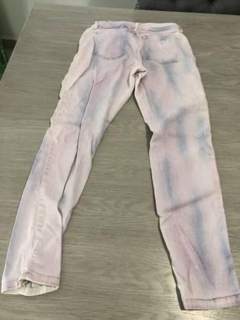Foto Carousel Producto: Pantalon GUESS entubado GoTrendier