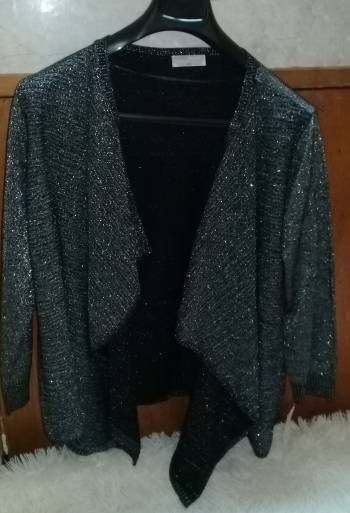 Foto Carousel Producto: Suéter EH gris brilloso nuevo GoTrendier