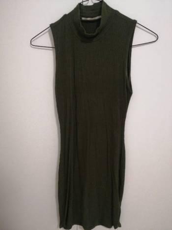 Foto Carousel Producto: Vestido ajustado corto con cuello GoTrendier