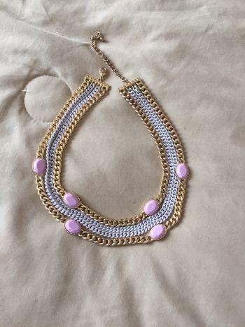 Foto Carousel Producto: Collar dorado con lila GoTrendier