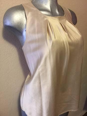Foto Carousel Producto: Blusa en satin talla L GoTrendier