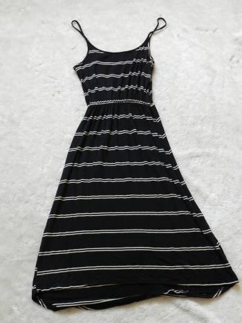 Foto Carousel Producto: Vestido largo de rayas GoTrendier