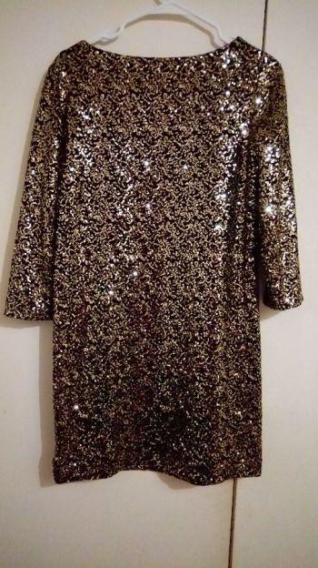 Foto Carousel Producto: Vestido corto negro/dorado GoTrendier