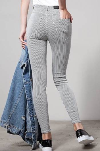 Foto Carousel Producto: HIGH WAIST jeans talla 4 GoTrendier