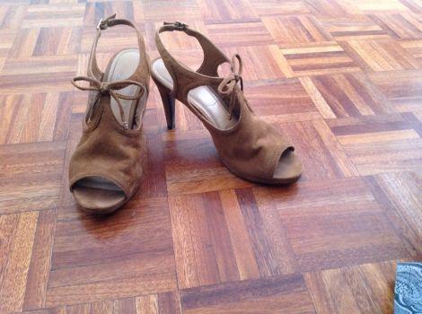 Foto Carousel Producto: Zapatos IMPO, tipo gamuza GoTrendier
