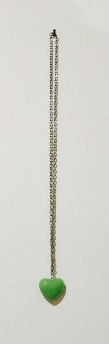 Foto Carousel Producto: Collar de corazón verde GoTrendier