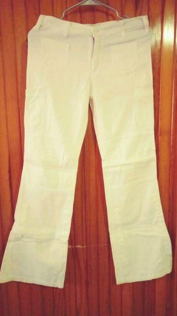 Foto Carousel Producto: Pantalon blanco GoTrendier