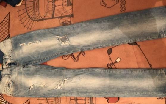 Foto Carousel Producto: Jeans Bershka GoTrendier