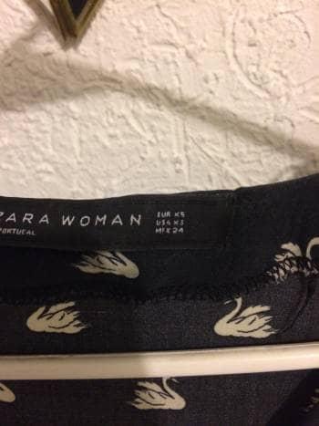 Foto Carousel Producto: Vestido Zara de cisnes GoTrendier