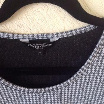 Foto Carousel Producto: Blusa bicolor Pierre Cardin GoTrendier