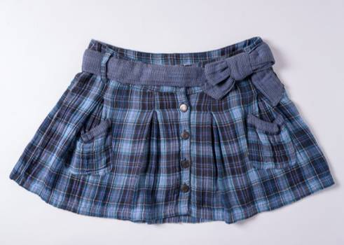 Foto Carousel Producto: Minifalda Pull & Bear de cuadros GoTrendier