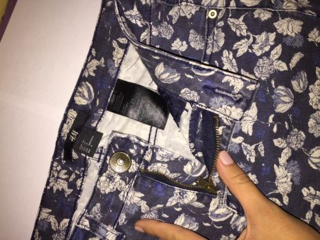 Foto Carousel Producto: Pantalon floreado GoTrendier