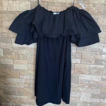 Foto Carousel Producto: Vestido negro de Pull&Bear GoTrendier