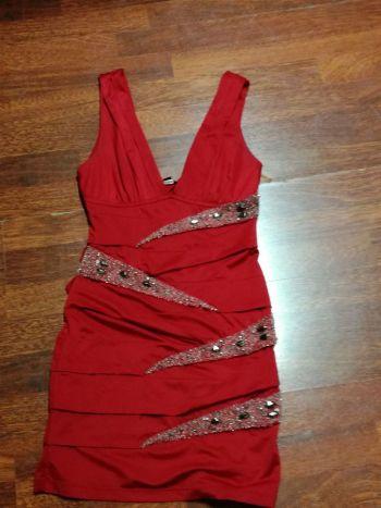 Foto Carousel Producto: Vestido corto rojo GoTrendier