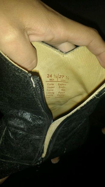 Foto Carousel Producto: Botas vaqueras de piel de mantarraya GoTrendier